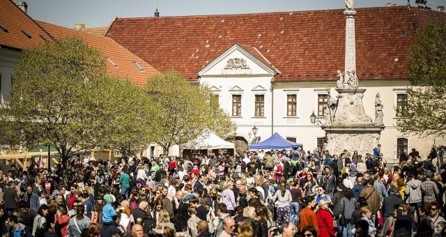 Trnavský rínek - apríl 2016